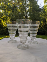 Load image into Gallery viewer, circa mid 20th century Vintage glassware 1960s