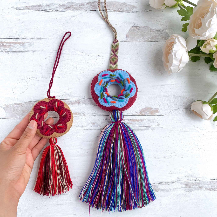 Mini Embroidered Donut Tassels (Vanilla)