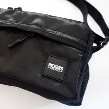 Load image into Gallery viewer, IRONHEAD SLING BAG BLACK