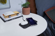 Load image into Gallery viewer, ZENS Aluminium Dual Wireless Charger + gift