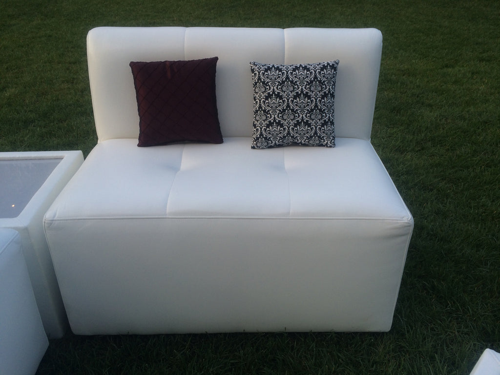 MD Sofa - Loveseat 43""