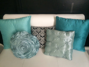 "PILLOWS 16""x16"""