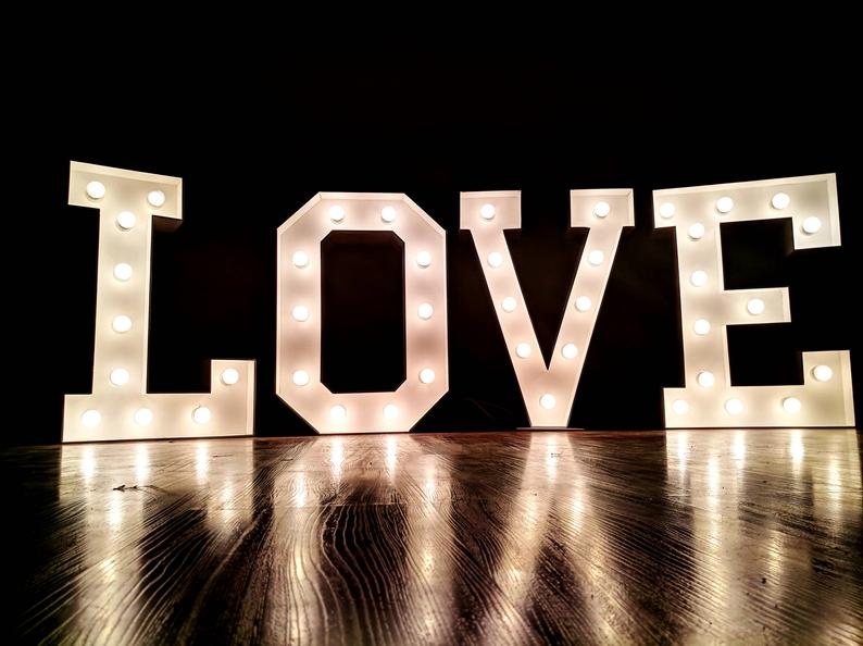 LOVE sign 5' / Marquee letters