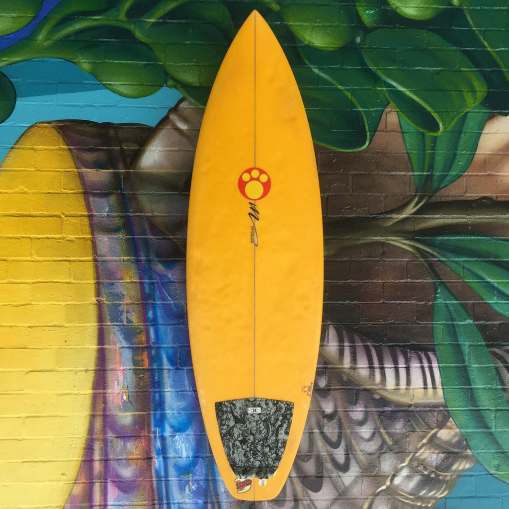 "(#1513) Maurice Cole Metro 3 5'11"" x 20 1/2"" x 2 5/8"" Futures Second Hand Surfboards Maurice Cole"