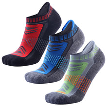 Load image into Gallery viewer, Wool Running Socks - Blister Resist No Show Low Cut Moisture Wicking Running Athletic Socks for Men and Women