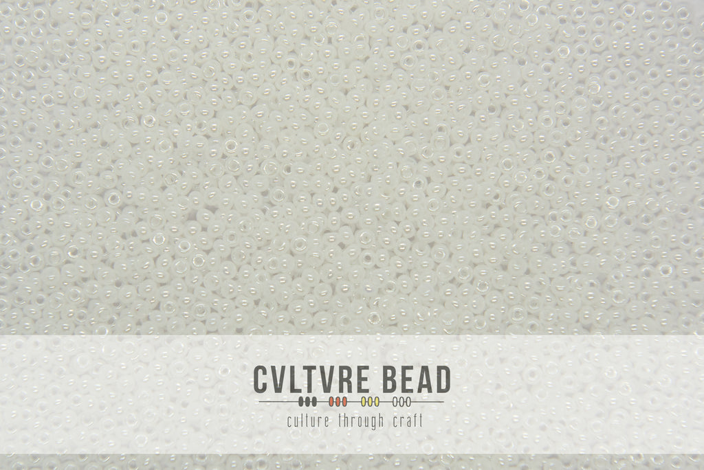 Czech Seedbead 10/0 Opaque Pearl White 20g