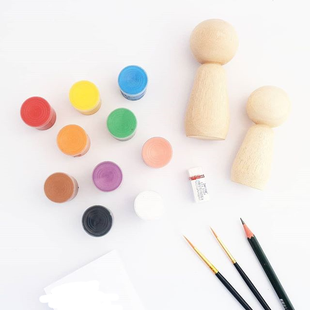 Peg Dolls Painting Kit