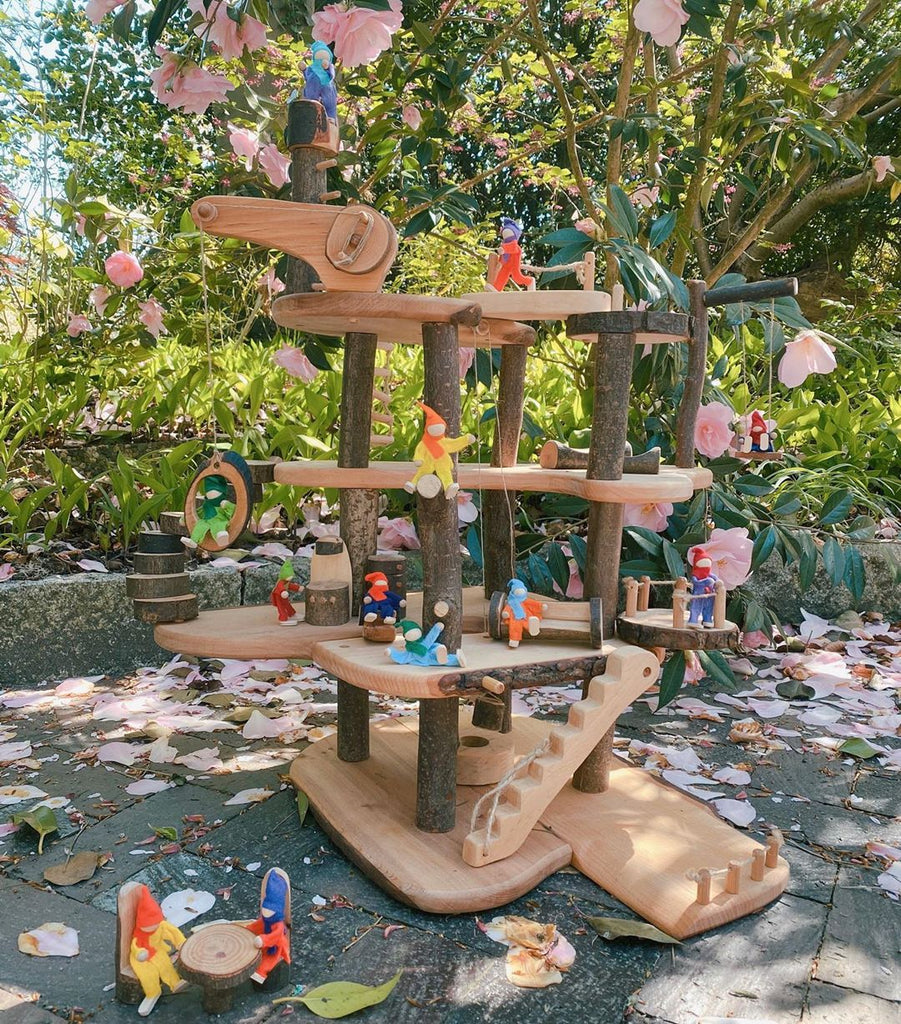 [Pre-Order Oct] Buildable Large Tree House - Toydler