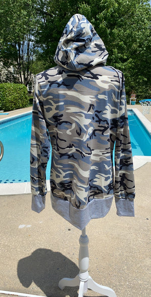 Hoodie camouflage sweater