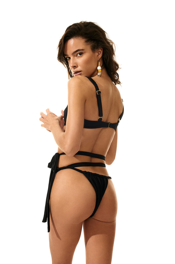The Lola Set in Black