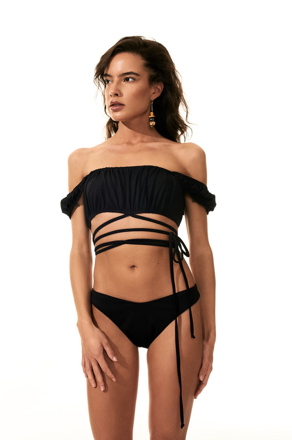 The Gabriella Set in Black