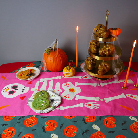 Halloween-At-Home-Table-Decor