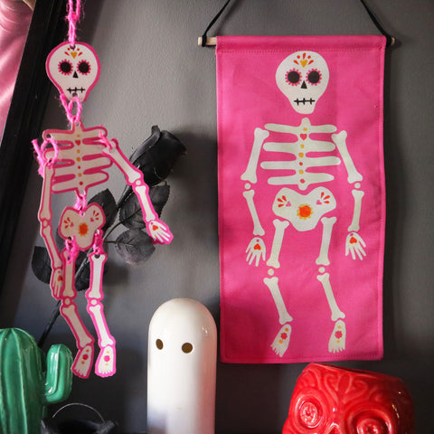Skeleton-Decoration-Free-Download-And-Wall-Hanging