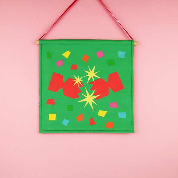 Christmas Cracker Wall Hanging Decoration