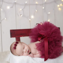 Load image into Gallery viewer, Baby Girl Newborn Cute Flower Headband and Tutu Skirt Costume Photo Prop Outfit - shopbabyitems