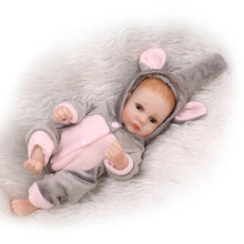 Load image into Gallery viewer, Simulation Newborn Baby Vinyl Silicone Reborn Doll Bathing Sleeping Toy Gift - shopbabyitems