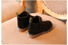 Load image into Gallery viewer, autumn and winter children's shoes short boots boys' leather boots girls Europe and the United States big children's boots single boots - shopbabyitems