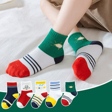 Load image into Gallery viewer, 5 Pairs Baby Boys Winter Socks Cartoon Bear Kids Spring Autumn Cotton Breathable Keep Warm Floor Anti-skid Girls Socks - shopbabyitems