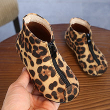 Load image into Gallery viewer, Autumn Winter Children Shoes Girls Fashion Rubber Kids Martin Boots Zipper Flat Black Leopard Kids Baby Girls Shoes - shopbabyitems