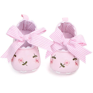 Baby Girl Shoes White Lace Floral Embroidered Soft Shoes Prewalker Walking Toddler Kids Shoes First Walker - shopbabyitems