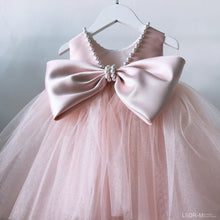 Load image into Gallery viewer, Girls Dress Pearl Princess For Birthday Party Little Bridesmaid Wedding Girls Dresses Ball Gown Baby Baptism Christening Dresses - shopbabyitems