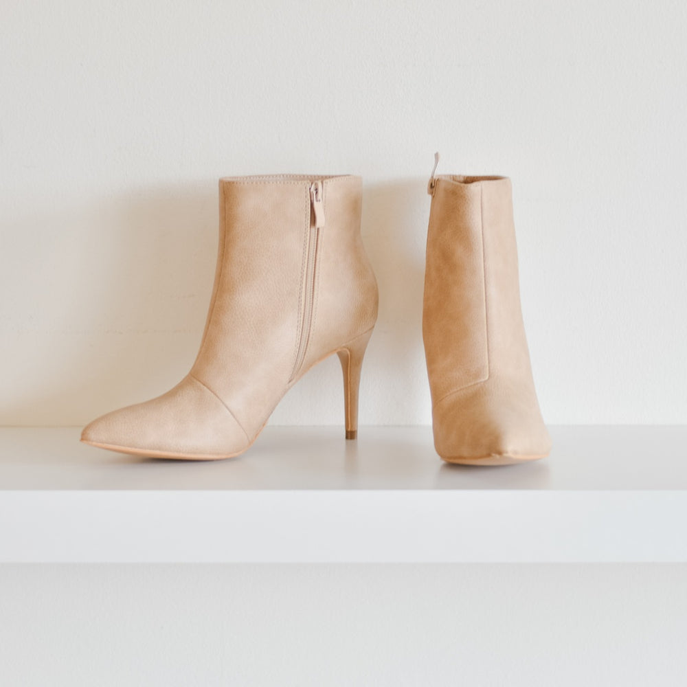 Collett Dress Boot (Taupe)