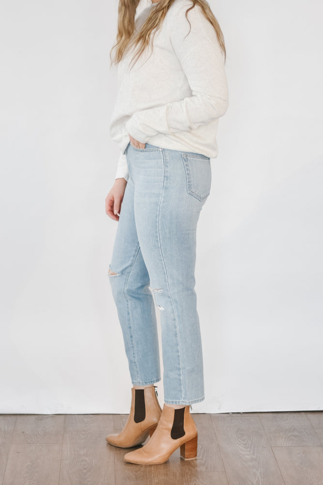 Just Black- High Rise Mom Jean With Knee Slits