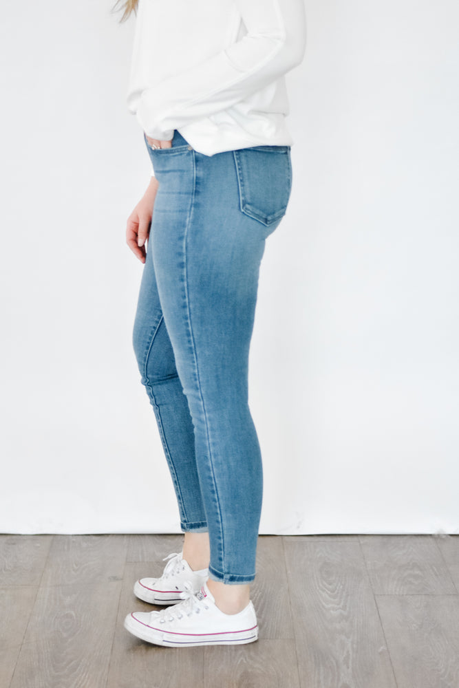 Just Black - Medium Wash Skinny