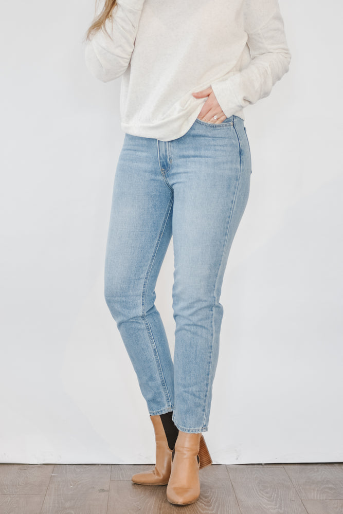 Just Black- High Rise Mom Jean