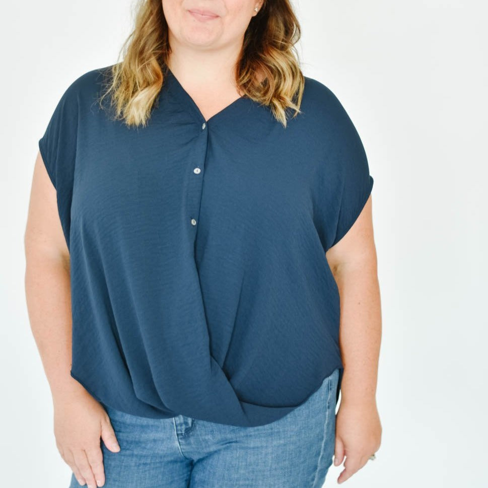 Curve-Button Down Tee Blouse (Navy)