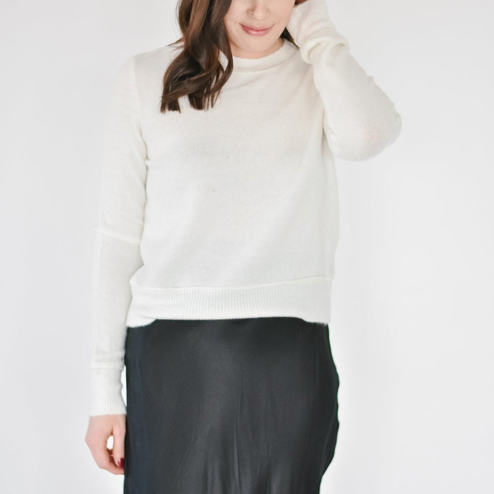 Ribbed Hem Sweater -Ivory