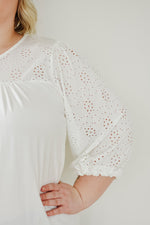 Eyelet Sleeve Top |S-3XL|