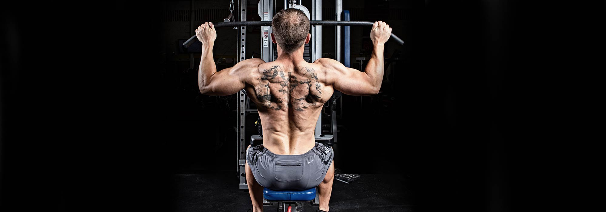 The Pull-Up Row - A Unique Bodyweight Back Exercise You Can Do Almost Anywhere