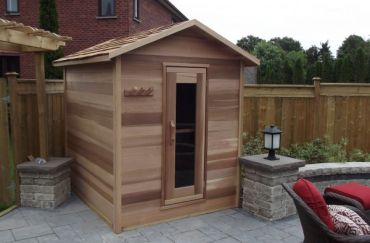 Outdoor Red Cedar Cabin Sauna