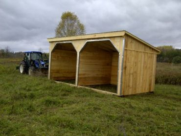 #HS12X24WMW 12x24' Portable Horse Run-In W/ Wall in Mid