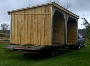 #HS12X24WMW 12x24' Portable Horse Run-In W/ Wall in Mid - Maxwell Garden Centre