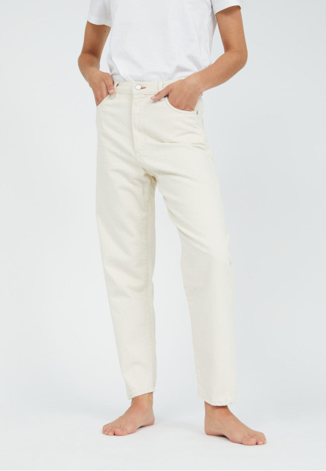 Mairaa Mom Fit High Waist Denim in undyed