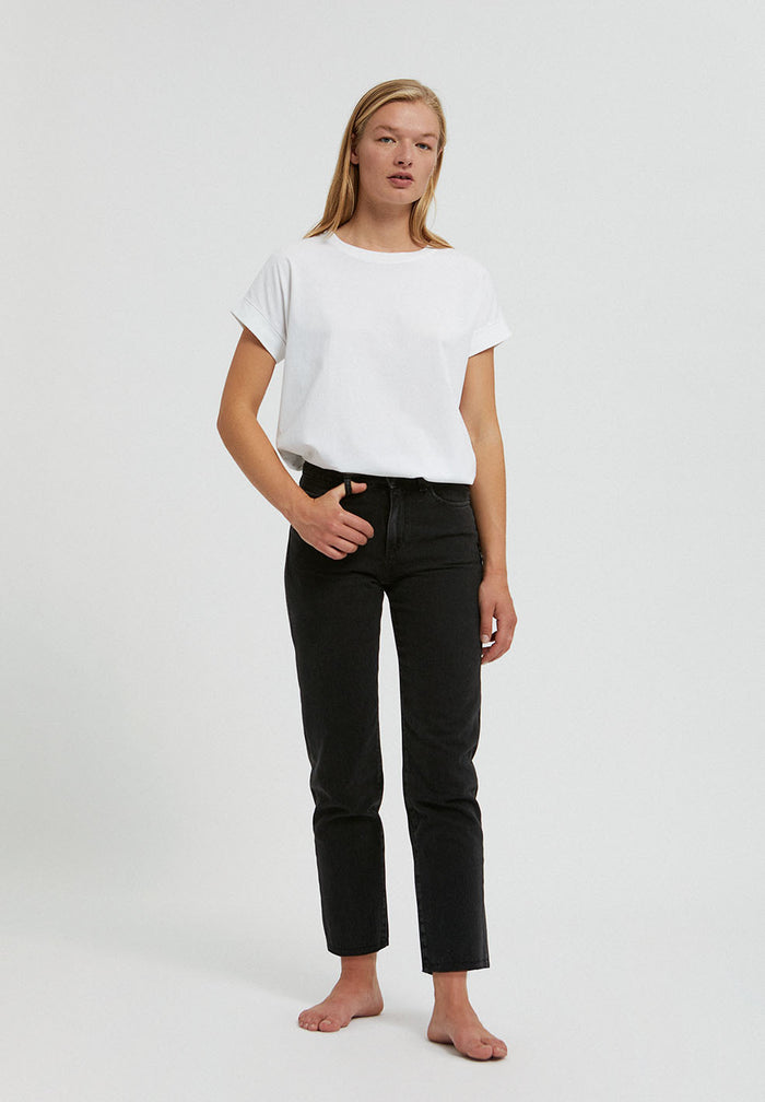 Fjellaa straight fit cropped denim in black