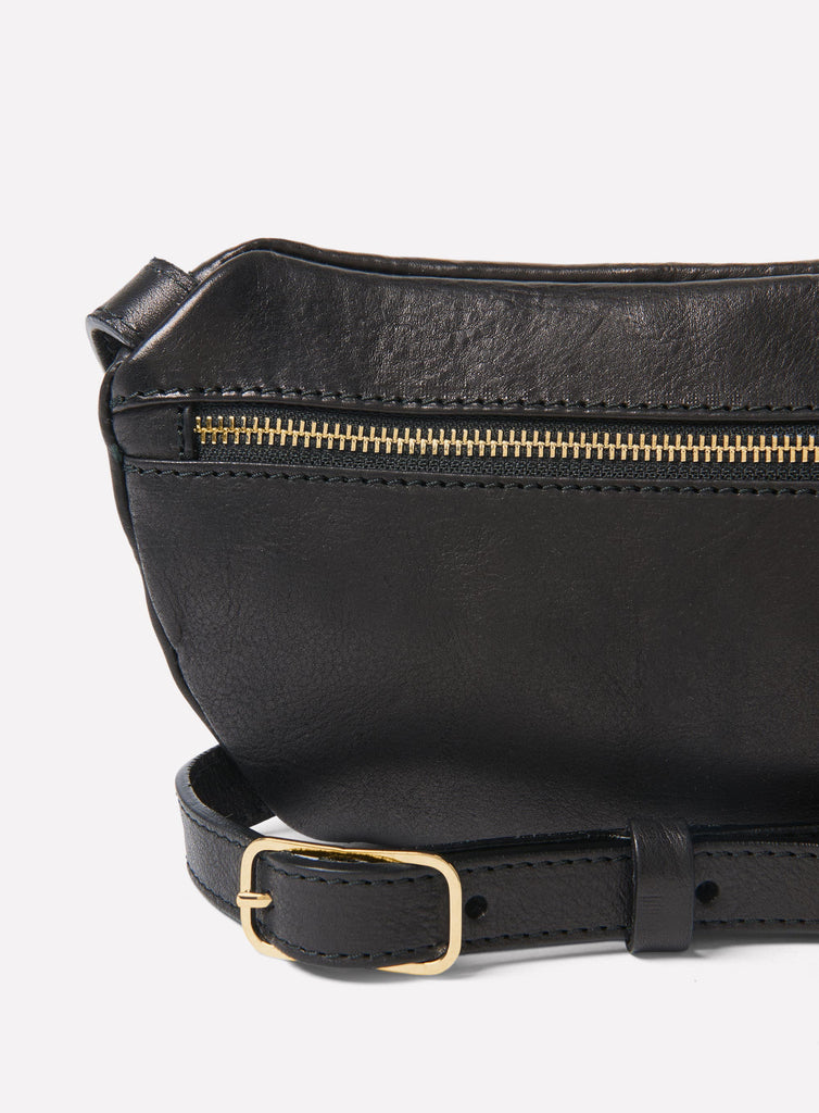 Hip bag in black