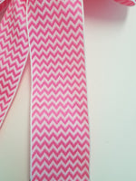 "Small 5-6"" Wired Mini Chevron Pink & White Bow"