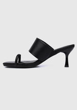 Load image into Gallery viewer, Crown Square Toe Heels (Black)