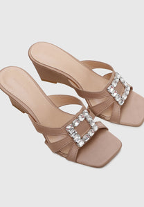 Dindraine Open Toe Wedges (Beige)