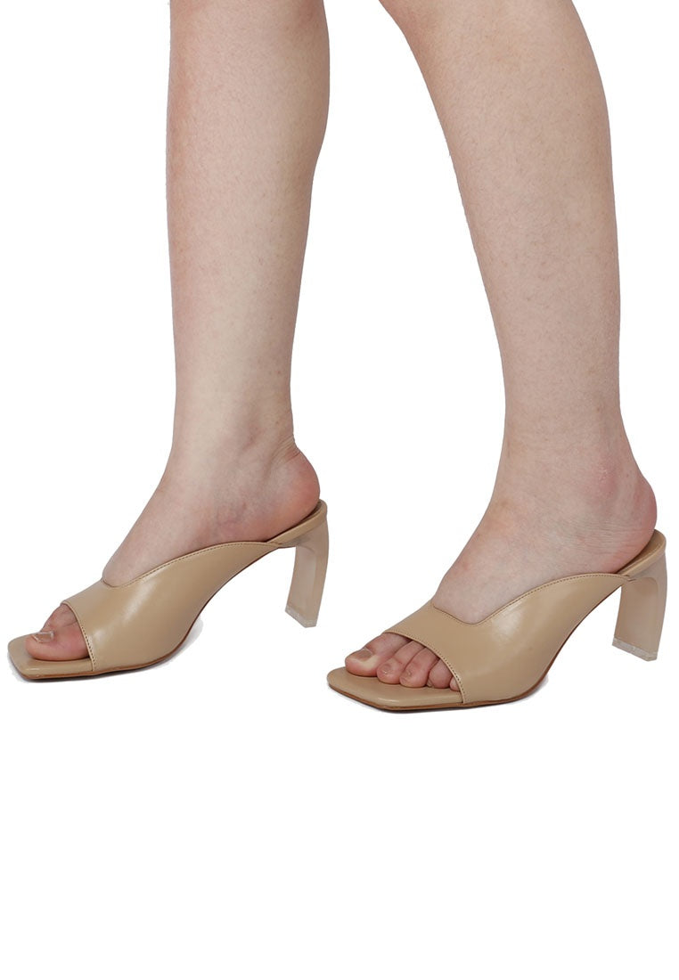 Dolley Square Toe Heels (Brown)