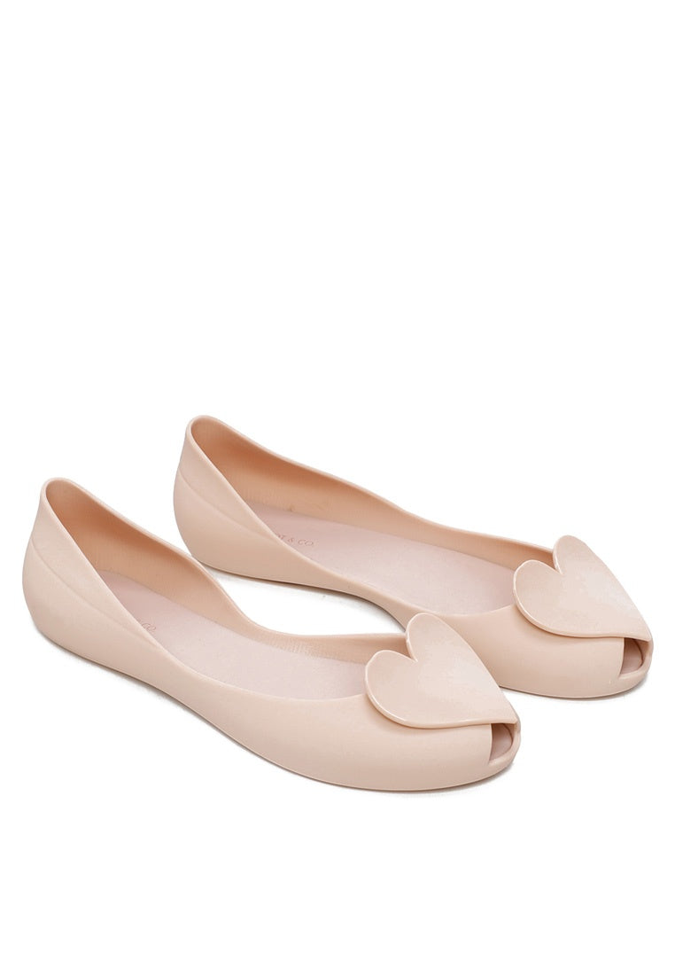 Full of Love Rounded Toe Ballerina Flats (Gold)