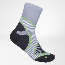 Outdoor Performance Mid-Cut Socks