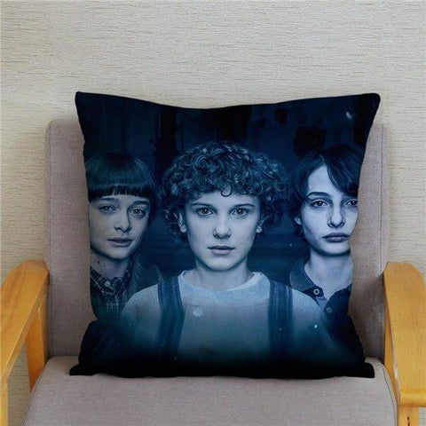 Coussin Stranger Things® Personnages Saison 2