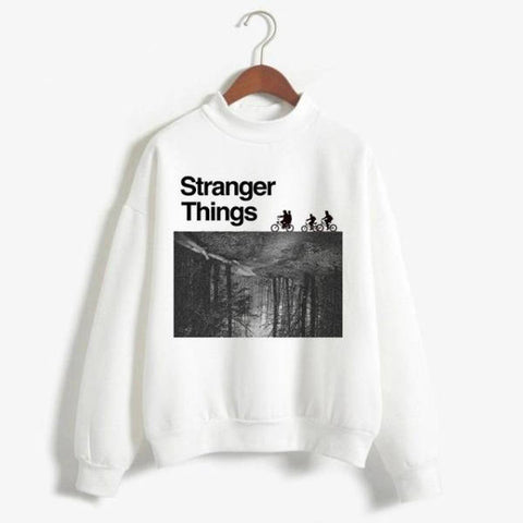 Pull Stranger Things® Noir et Blanc