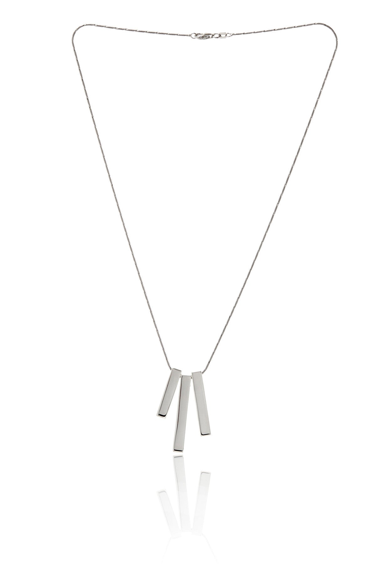 Trois Multi-Bar Necklace