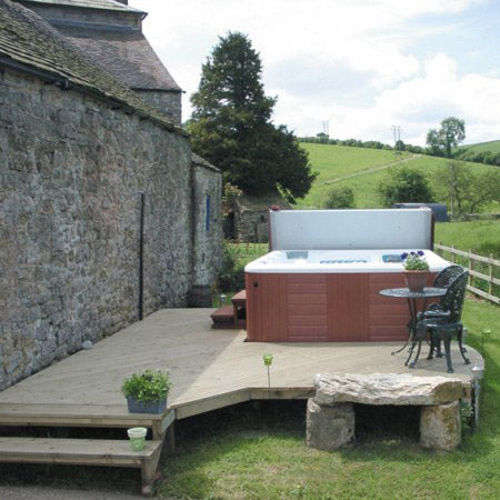 Hot Tub Photo - Ashbourne