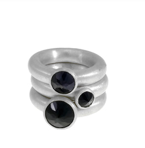 Set Of 3 Bagel Rings With Onyx